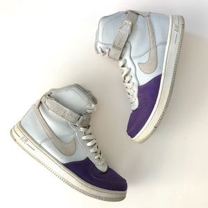 NIKE AIR FEATHER HI High Tops Sneakers